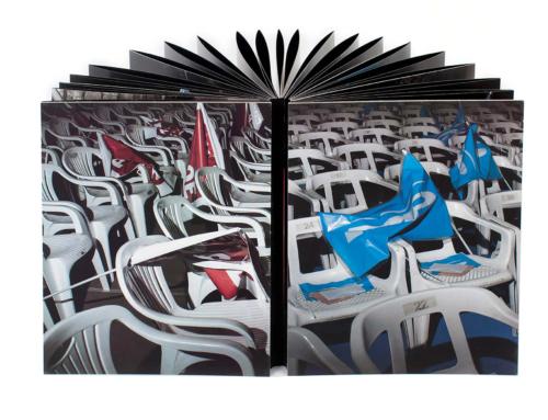 """Llibre """"Devotos"""" de Toni Amengual"""